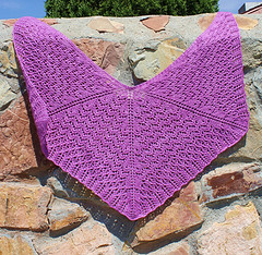 Mirth Fitted Raglan Shawl